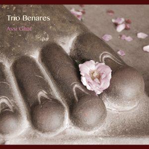 5092JS-Cover-Trio-Benares-Assi-Ghat
